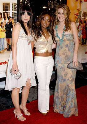 Premiere: Mena Suvari, Keshia Knight Pulliam and Alicia Silverstone at the LA premiere of MGM's Beauty Shop - 3/24/2005