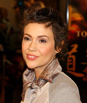 Premiere: Alyssa Milano at the LA premiere of Warner Bros. The Last Samurai - 12/1/2003