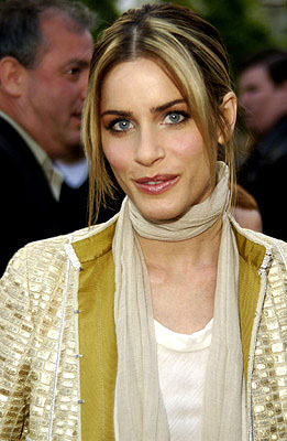 Premiere: Amanda Peet at the LA premiere of Paramount's Changing Lanes - 4/7/2002
