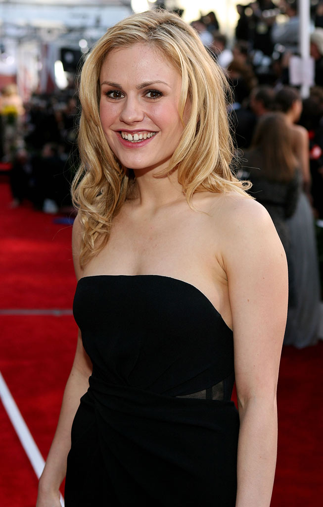 Anna Paquin arrives at the 14th annual Screen Actors Guild awards held at the Shrine Auditorium on January 27, 2008 in Los Angeles, California.