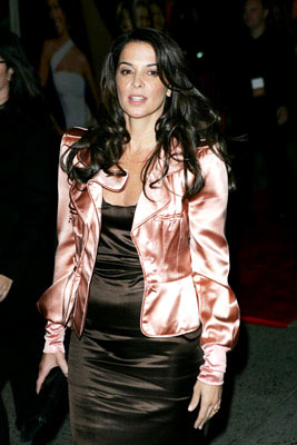 Premiere: Annabella Sciorra at the New York premiere of Miramax Films' Shall We Dance? - 10/5/2004 Photos: James Devaney, WireImage.com