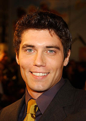 Premiere: Anson Mount at the Hollywood premiere for Paramount's Crossroads - 1/11/2002
