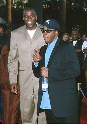 Premiere: Magic Johnson and Arsenio Hall at the Universal City premiere of Universal's Nutty Professor II: The Klumps - 7/24/2000