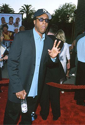 Premiere: Arsenio Hall at the Universal City premiere of Universal's Nutty Professor II: The Klumps - 7/24/2000