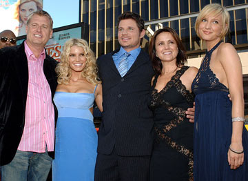 Premiere: Joe Simpson (II), Jessica Simpson, Nick Lachey, Tina Simpson and Ashlee Simpson at the Hollywood premiere of Warner Bros. Pictures' The Dukes of Hazzard - 7/28/2005