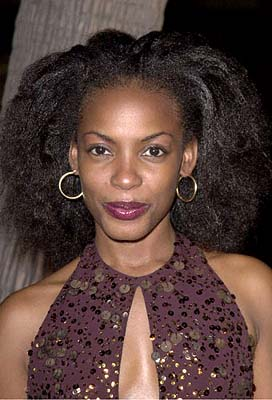 Premiere: Aunjanue Ellis at the Beverly Hills premiere of 20th Century Fox's Men of Honor - 11/1/2000