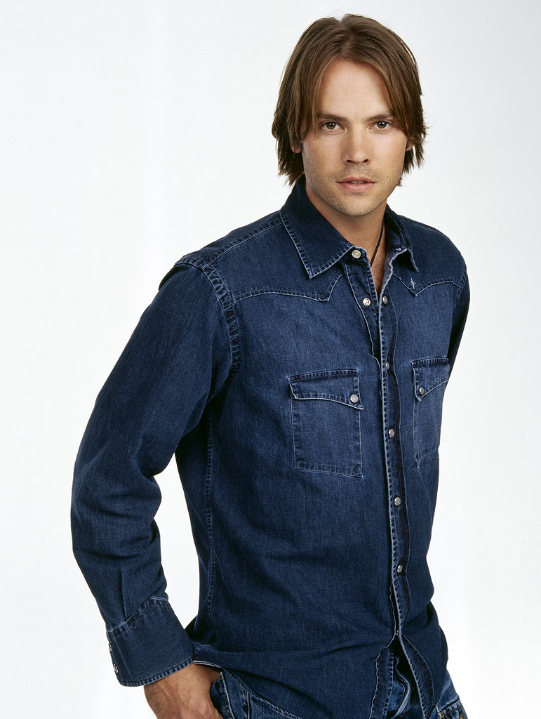 Barry Watson stars as Matt Camden in 7th Heaven on The CW.