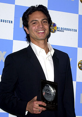 Benjamin Bratt Blockbuster Entertainment Awards Los Angeles, 4/10/2001