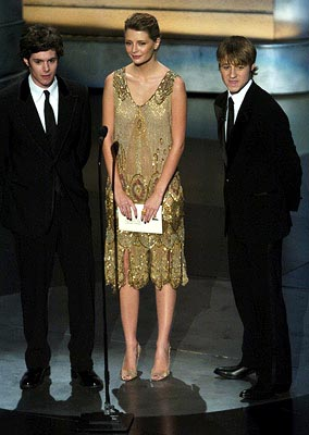 Adam Brody, Mischa Barton and Benjamin McKenzie Presenters for Outstanding Directing in a Drama Series Emmy Awards - 9/19/2004 Benjamin McKenzie