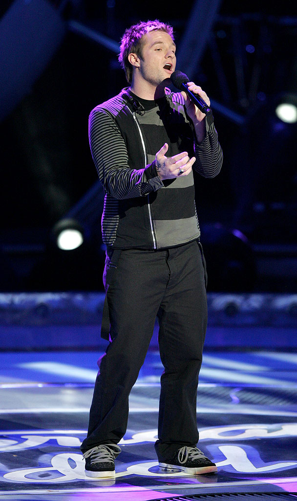 Blake Lewis performs as one of the top 10 contestants on the 6th season of American Idol.