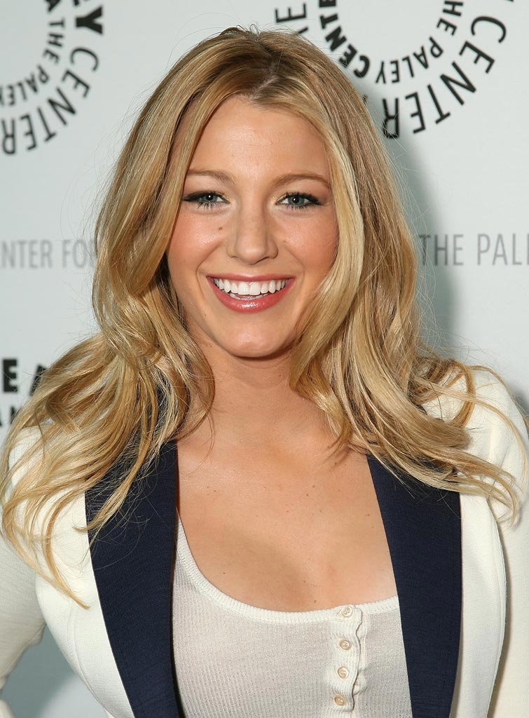 Blake Lively arrives at The 25th Annual William S. Paley TV Festival featuring Gossip Girl. -  March 22, 2008