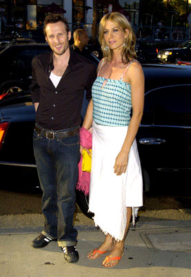 Premiere: Bodhi Elfman and Jenna Elfman at the Los Angeles premiere of Fox Searchlight's Garden State - 7/20/2004