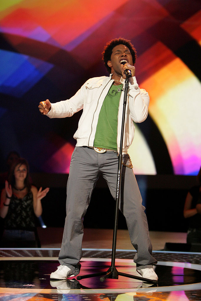 Brandon Rogers performs in front of the judges on the 6th season of American Idol.