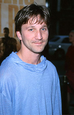 Premiere: Breckin Meyer at the Beverly Hills Academy Theater premiere for Dreamworks' Gladiator - 5/1/2000