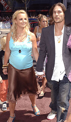 Premiere: Britney Spears and Kevin Federline at the LA premiere of Warner Bros. Pictures' Charlie and the Chocolate Factory - 7/10/2005