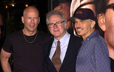 Premiere: Bruce Willis, Barry Levinson and Billy Bob Thornton at the Westwood premiere of MGM's Bandits - 10/4/2001