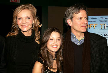 Premiere: Joan Allen, Valentina de Angelis and Campbell Scott at the NY premiere of Off the Map - 3/1/2005