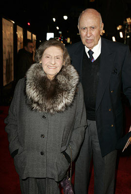 Premiere: Estelle Reiner and Carl Reiner at the LA premiere of Warner Bros.' Rumor Has It... - 12/15/2005