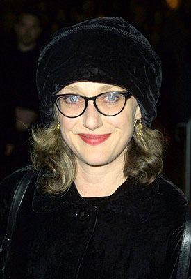 Premiere: Carol Kane at the New York premiere of Miramax's Iris - 12/2/2001