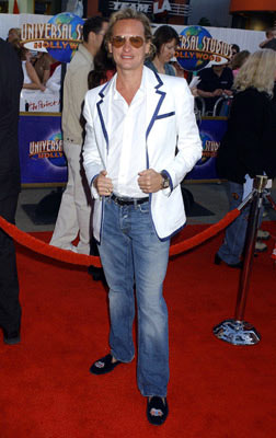 Premiere: Carson Kressley at the Universal City premiere of Universal Pictures' The Perfect Man - 6/13/2005