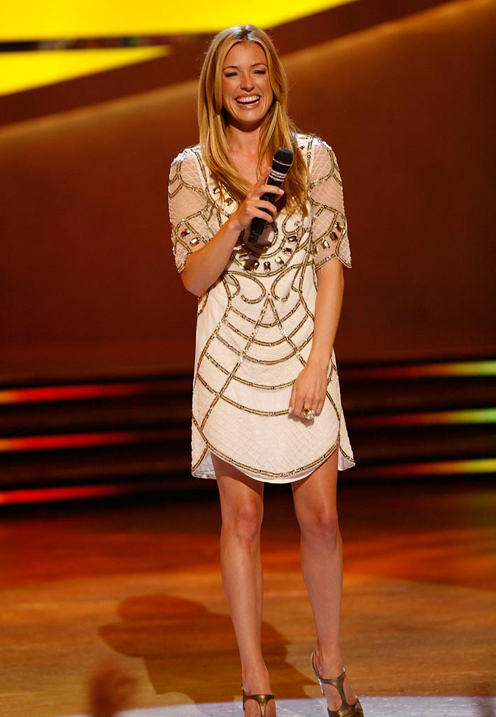 "Cat Deeley stayed true to her UK roots, showing off her gorgeous gams in a gem and sequin-embellished tunic from British label Temperley London and a pair of T-strap Louboutins when she introduced the Top 20 contestants on Season 5 of ""So You Think You Can Dance."""