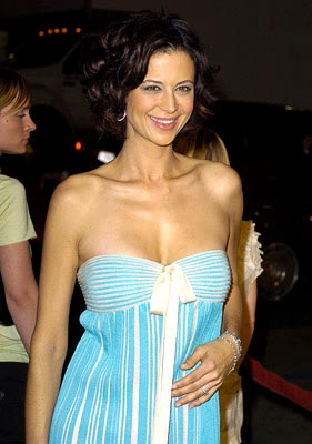 Premiere: Catherine Bell at the LA premiere of MGM's Walking Tall - 3/29/2004