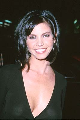 Premiere: Charisma Carpenter at the Mann's Chinese Theater premiere of Columbia's Charlie's Angels - 10/22/2000