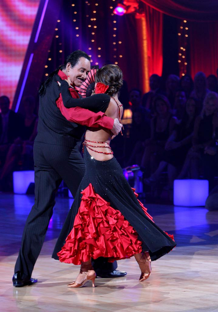 Wayne Newton and Cheryl Burke perform a dance on the 5th season of Dancing with the Stars.