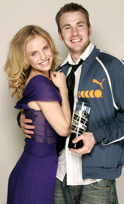 Kelli Garner and Chris Evans Movieline's Hollywood Life 7th Annual Young Hollywood Awards - 5/1/2005