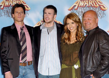 Ioan Gruffudd, Chris Evans, Jessica Alba and Michael Chiklis MTV Movie Awards 2005 - Backstage Los Angeles, CA - 6/4/05