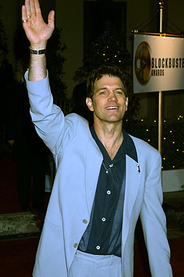 Chris Isaak Blockbuster Entertainment Awards Los Angeles, 4/10/2001