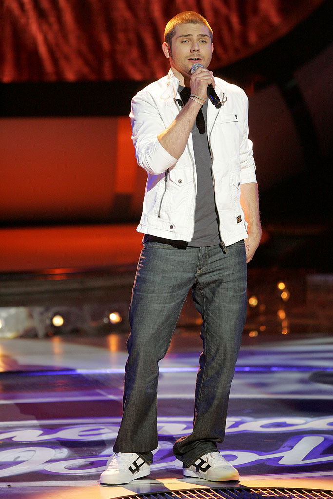 Chris Richardson performs as one of the top 7 contestants on the 6th season of American Idol.