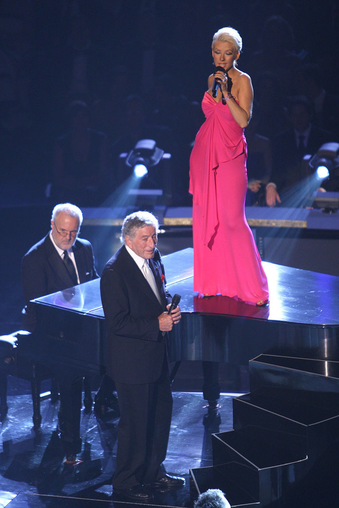 Tony Bennett and Christina Aguilera perform during the 59th Annual Primetime Emmy Awards at the Shrine Auditorium on September 16, 2007 in Los Angeles, California.