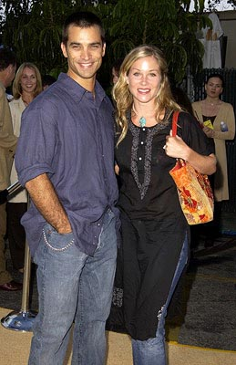 Premiere: Johnathon Schaech and wife Christina Applegate at the LA premiere of New Line's Austin Powers in Goldmember - 7/22/2002