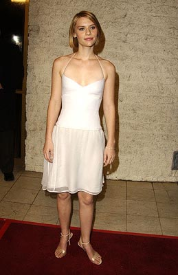 Premiere: Claire Danes at the LA premiere of Paramount Pictures and Miramax Films' The Hours - 12/18/2002