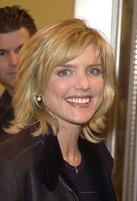 Premiere: Courtney Thorne Smith at the LA premiere of Joe Somebody - 12/19/2001