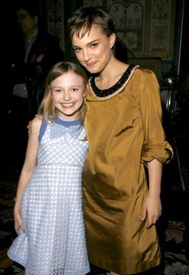 Dakota Fanning and Natalie Portman 2006 ShoWest Awards Las Vegas, NV - 3/16/2006