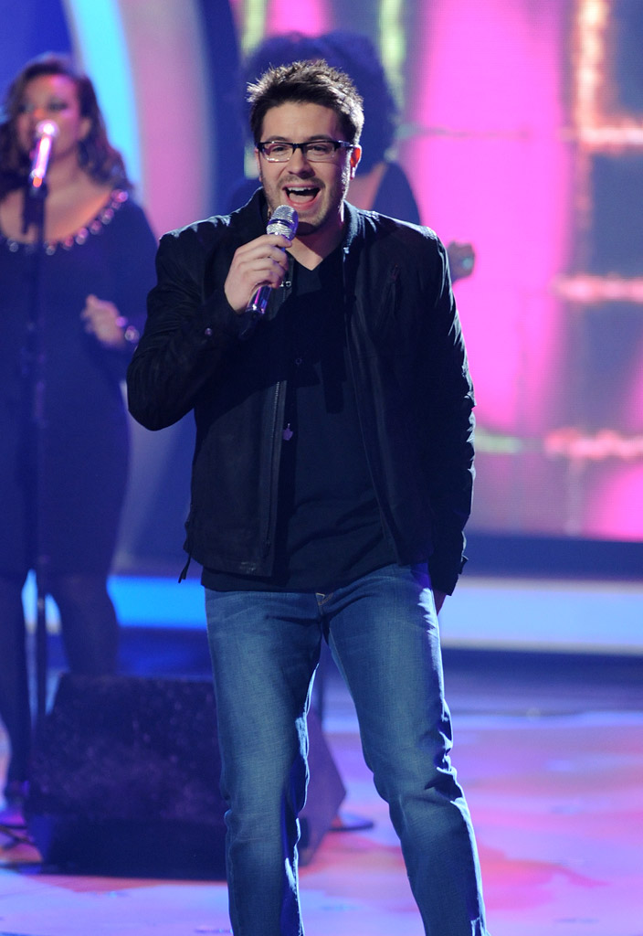 "Danny Gokey performs ""September"" by Earth, Wind & Fire on ""American Idol."""