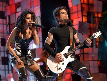 Christina Aguilera and Dave Navarro MTV Video Music Awards - 8/28/2003