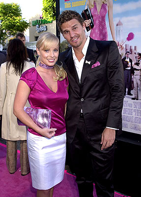 Premiere: Jaime Bergman and David Boreanaz at the Westwood premiere of MGM's Legally Blonde - 6/26/2001