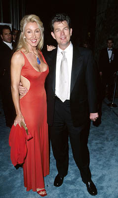 Linda Thompson (II) and David Foster 71st Annual Academy Awards Los Angeles, CA 3/21/1999