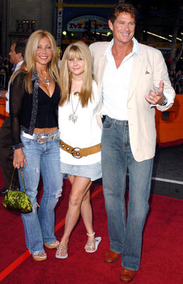 Premiere: Pamela Bach, daughter and David Hasselhoff at the Los Angeles fan screening of Paramount Pictures' War of the Worlds - 6/23/2005
