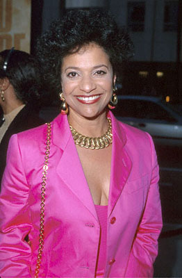 Premiere: Debbie Allen at the Beverly Hills Academy Theater premiere for Dreamworks' Gladiator - 5/1/2000