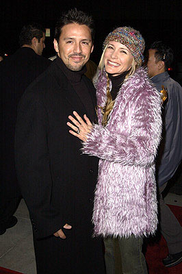 Premiere: DeDee Pfeiffer and husband at the Beverly Hills premiere of I Am Sam - 12/3/2001