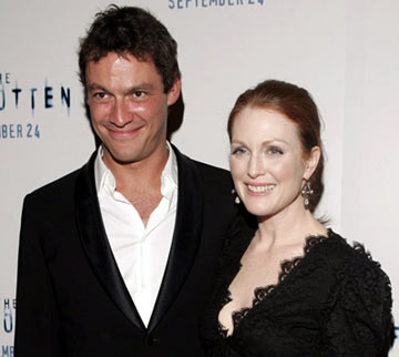 Premiere: Dominic West and Julianne Moore at the New York premiere of Revolution Studios' The Forgotten - 9/21/2004