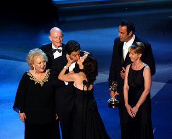 "Doris Roberts, Peter Boyle, Ray Romano, Patricia Heaton, Brad Garrett, Monica Horan Outstanding Comedy Series ""Everybody Loves Raymond"" Emmy Awards - 9/18/2005"