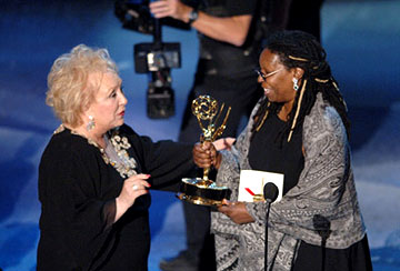"Doris Roberts, Whoopi Goldberg Outstanding Comedy Series ""Everybody Loves Raymond"" Emmy Awards - 9/18/2005"