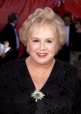 Doris Roberts Emmy Awards - 9/22/2002
