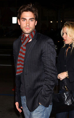 Premiere: Drew Fuller at the Hollywood premiere of New Line Cinema's After the Sunset - 11/4/2004