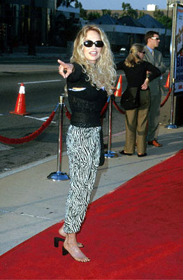 Premiere:  Dyan Cannon at the L.A. Cinerama Dome premiere of 20th Century Fox's Big Momma's House - 5/31/2000